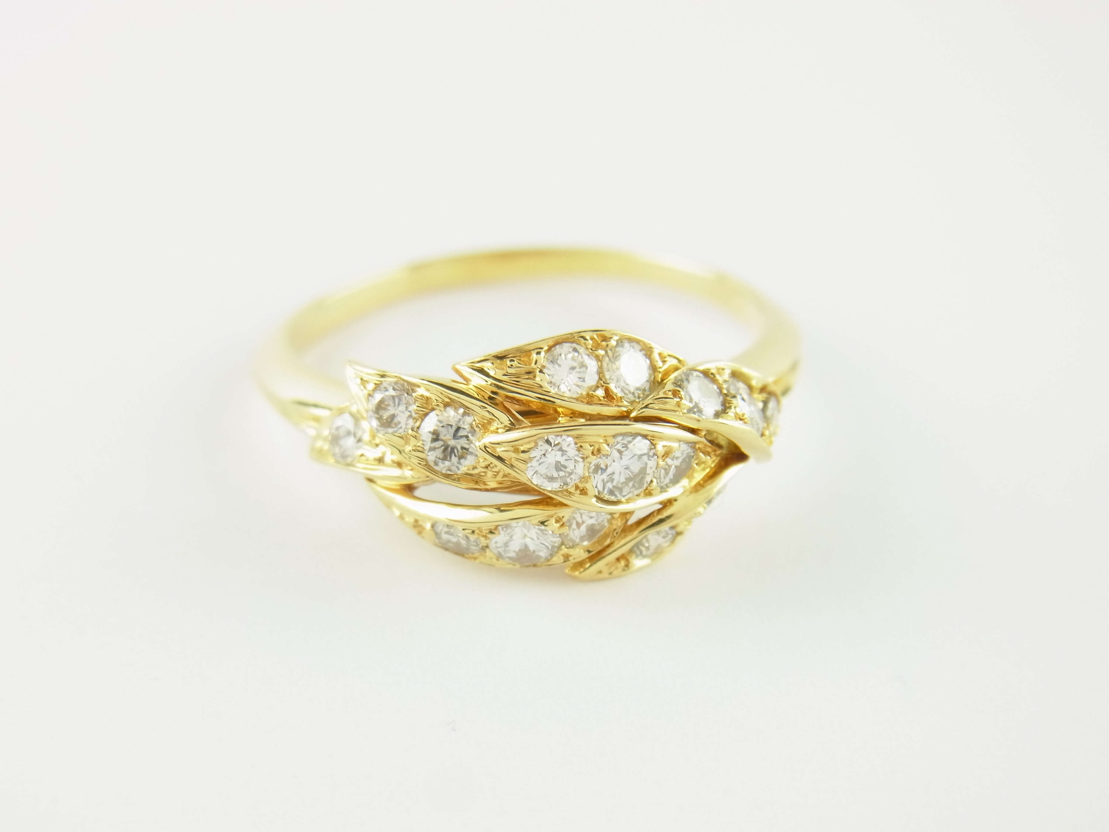piaget ring 750er gelbgold 16 diamanten gr 59 piaget. Black Bedroom Furniture Sets. Home Design Ideas